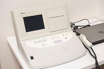 聴力検査機器